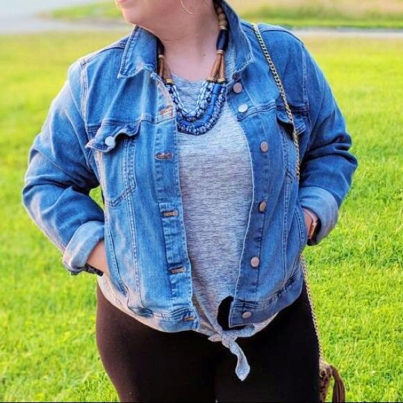 Calvin Klein Jeans Jackets & Blazers - Calvin Klein • Denim Jacket